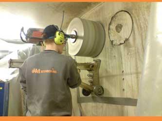 JM Dansk Betonboring udfører betonskæring, betonboring og andet
